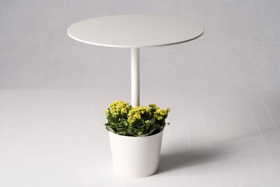 Little garden table by tokujin yoshioka for moroso for Little garden imports