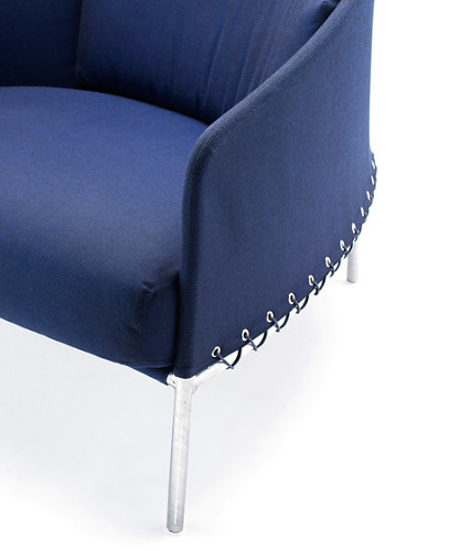 Lucidipevere Poncho Armchair