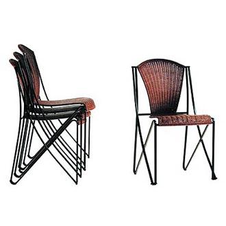 Oscar Tusquets Abanica Chair