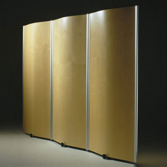 Pelikan Design Wing Screen Wall Series
