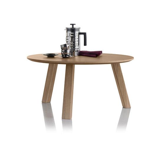 Abad Diseño Escamp Table Set