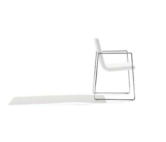 Alberto Lievore, Jeannette Altherr and Manel Molina Lineal Comfort Chair