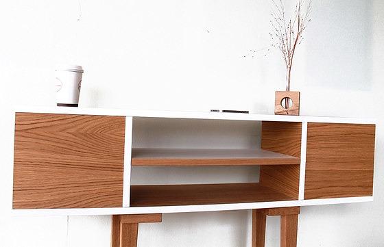 Andreas Janson Shelftable Side Table