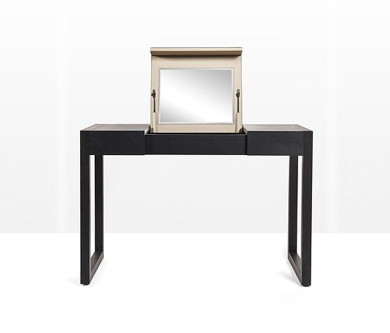 Anita Nevens Rémy Dressing Table