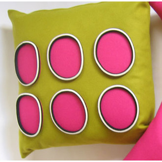 Anne Kyyrö Quinn Bold 6 Circle Cushion