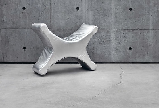 Bette Eklund Idefix Bench