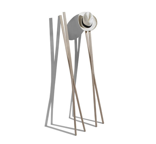 Big-game Coatrack