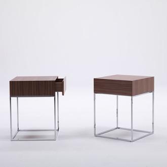 T. Colzani Baby Side Table