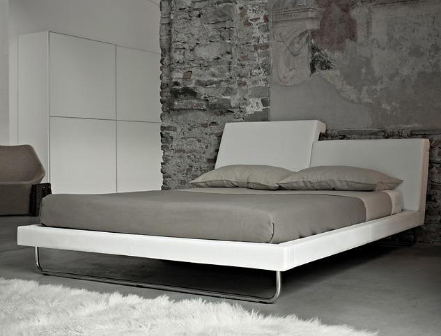 Cory Grosser R.E.M. Bed