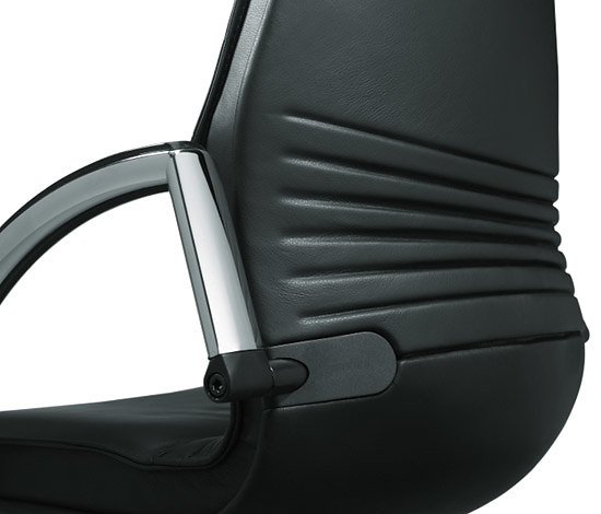 Dòzsa-Farkas Design Team Giroflex 44 Chair