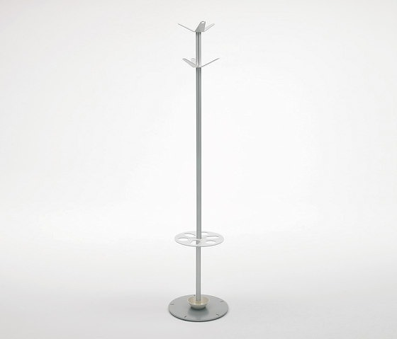 E Juanola JM Massana and JM Tremoleda Bambú Coat Stand