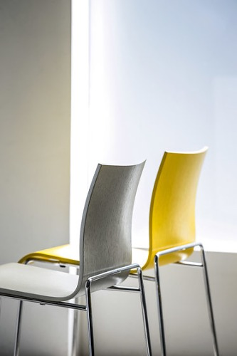 Enzo Berti Bee Seating Collection