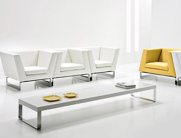 Estel Jazz Tables