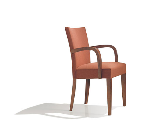Estudio Andreu Opera Chair