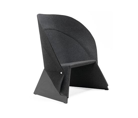 Fredrik Färg Coat Easy Chair