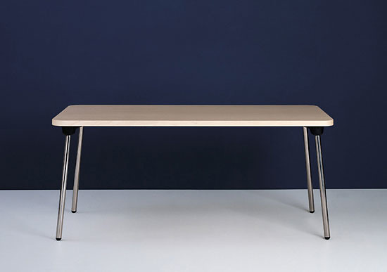 Ginbande Design Wogg 16 Table