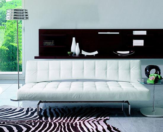 Glenn Thomas Pierrot King Sofa