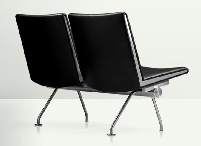 Hans J. Wegner CH402 Sofa