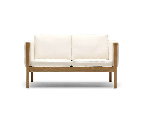 Hans J. Wegner Sofa Collection
