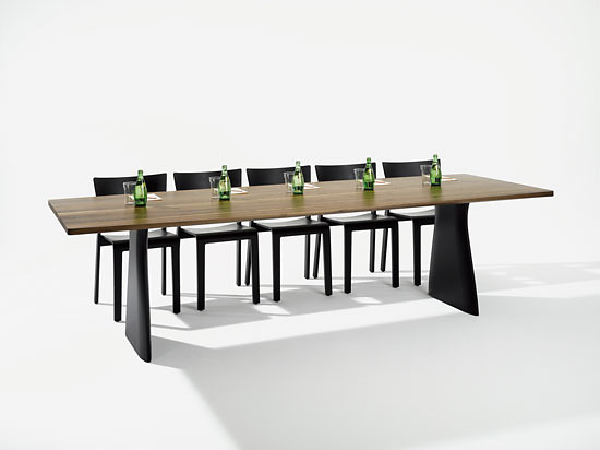 Hanspeter Steiger Canto Table