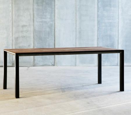 Heerenhuis Ctr II Table
