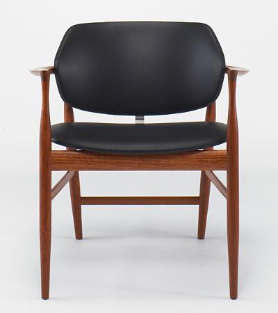 Ib Kofod-Larsen IL-07 Writing Chair