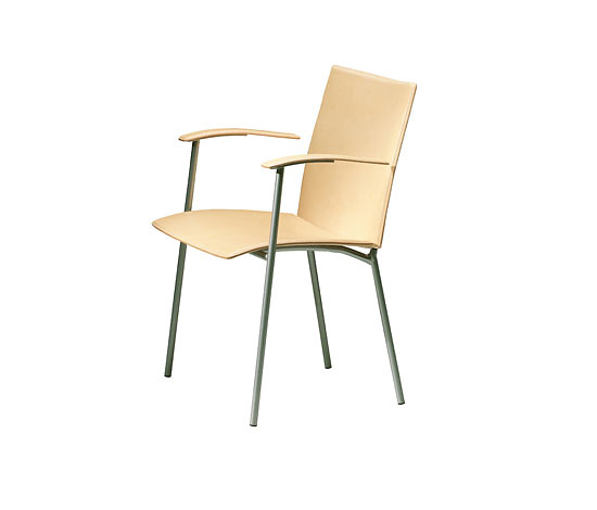 Johannes Foersom and Peter Hiort-Lorenzen Virtus Armchair