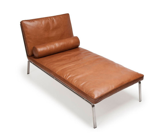 knut bendik humlevik and rune krogaard man chaise longue. Black Bedroom Furniture Sets. Home Design Ideas
