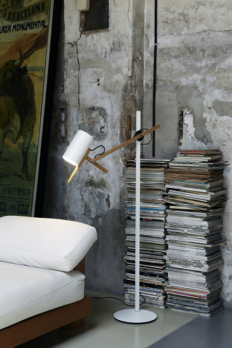 Mathias Hahn Scantling Lamp