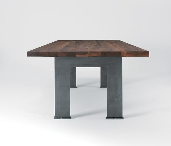 Michele De Lucchi Cantù Table