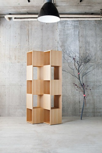 Nendo Splinter Shelf