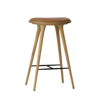 Peter Bundgaard Rützou and Signe Bindslev Henriksen Soaped Oak Premium Edition Stool