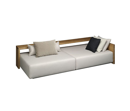 Philipp Mainzer SF02 Kashan Sofa