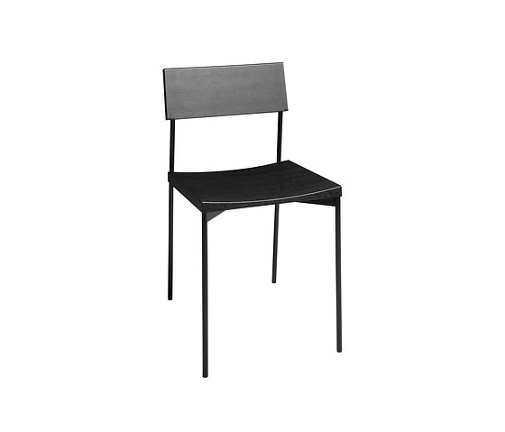 Philipp Mainzer Ch03 Henning Chair