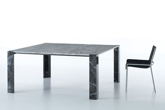 Piero Lissoni Yule Table