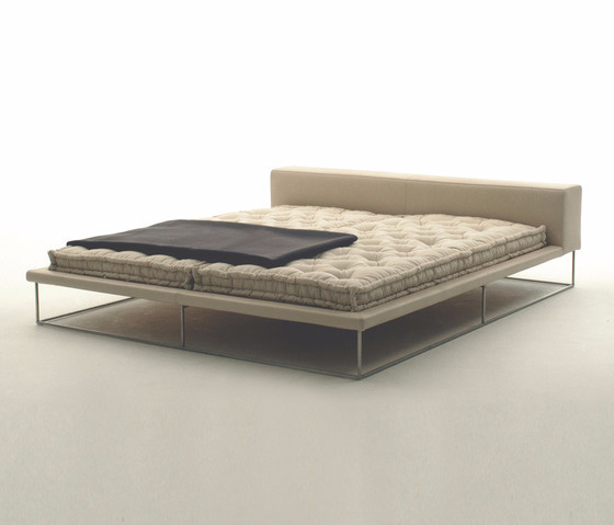 Piero Lissoni Ile Bed