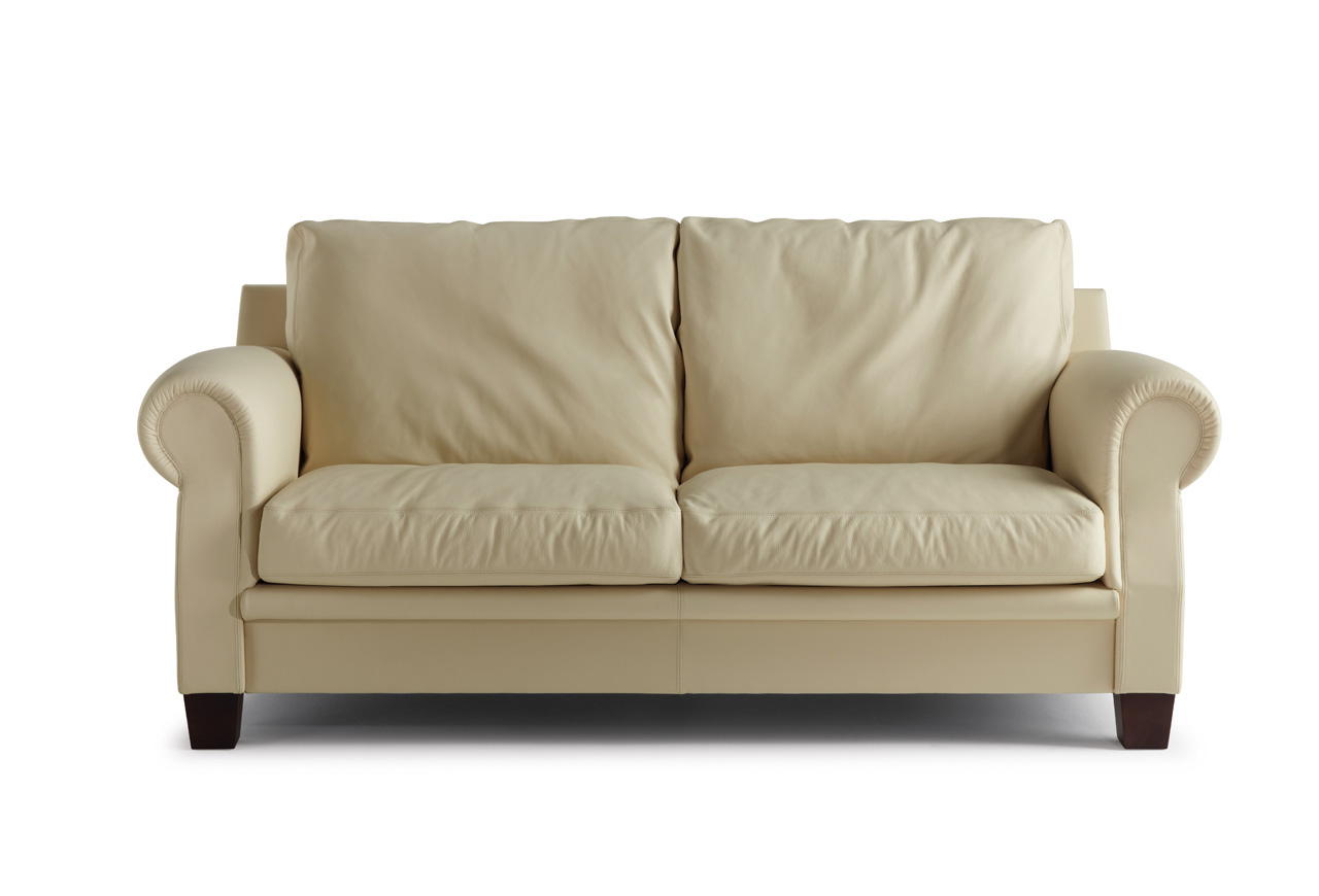 Poltrona Frau Design Bank.Poltrona Frau Austen Sofa And Armchair
