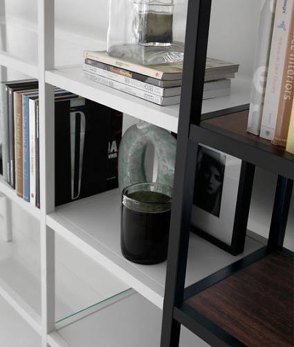 Quinti Bartolo Shelf
