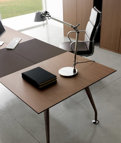 Quinti Infinity Table