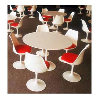 Eero Saarinen Dining Table