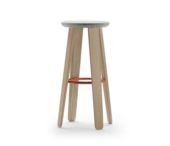 Samuel Accoceberry Triku Stool