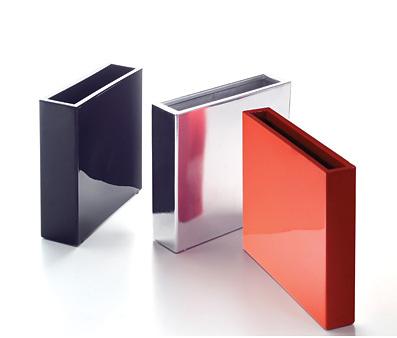 Serralunga O-cube Collection