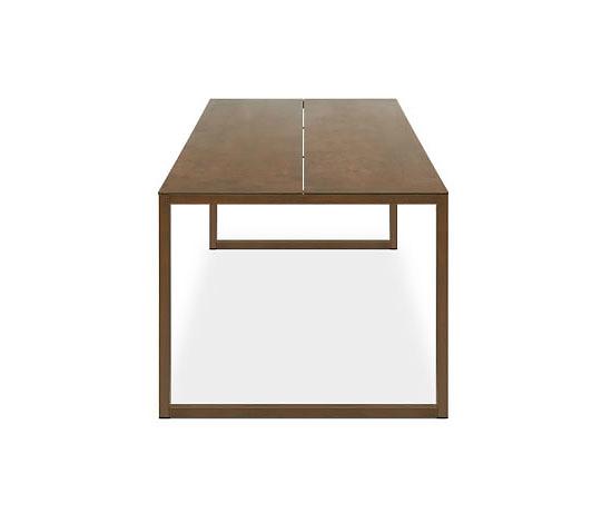 Silvio Rohrmoser Model At_03 Table