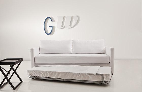 Studio Agape Clik 3850 Sofa Bed