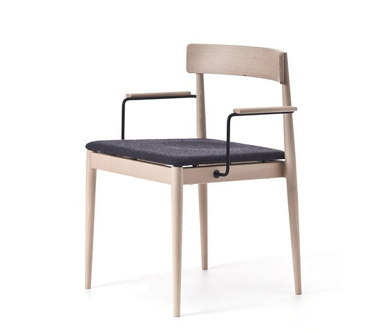 Yonoh Blanc Chair